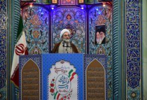 انقلاب اسلامی دنیا را مملو از نور کرد | برای بشریت ثابت شده که اسلام تنها نسخه نجاتبخش است
