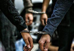 پلمب کافه باغ و دستگیری ۲۳ مرد و ۸ زن به اتهام قماربازی در رودسر